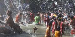 FOTOS: Puesta en marcha de las fuentes en La Granja