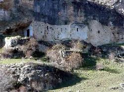 Resultado de imagen de cueva de los pedrones torreiglesias